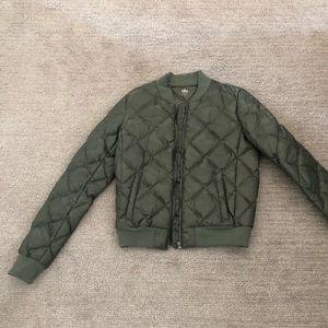 Alo Yoga green Camo idol jacket in size s